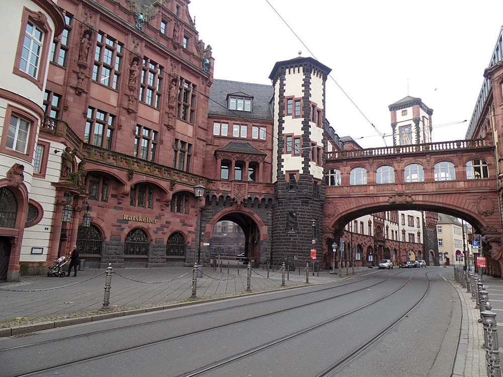 Behind the Rathaus, Frankfurt