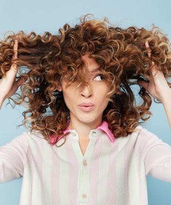 Karışan Saçları Açmanın En Kolay Yolu