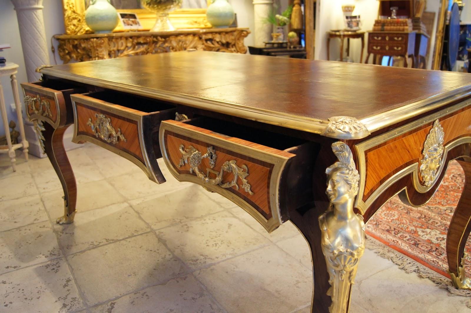 gaubert antiquit s grenoble le bureau plat la cressent. Black Bedroom Furniture Sets. Home Design Ideas