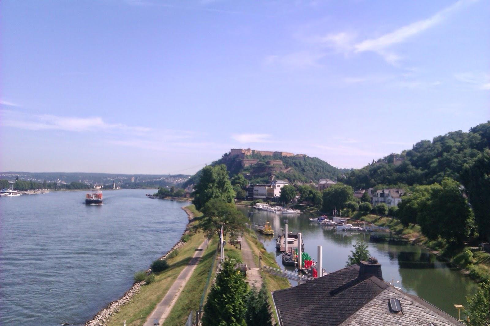 Ehren Breit Stein Burg