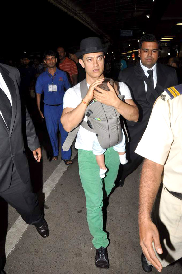 bollywood, tollywood, hot, Aamir, Khan, snapped, at, Airport, with, baby, Azad, stills