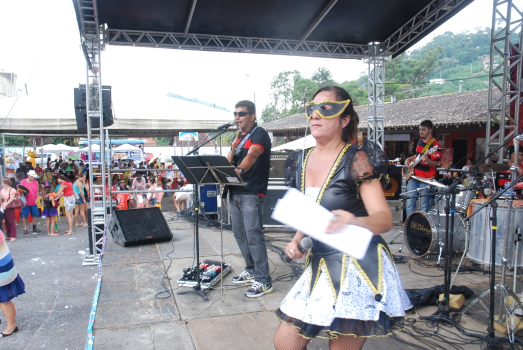 No palco Fernando Mello e Banda