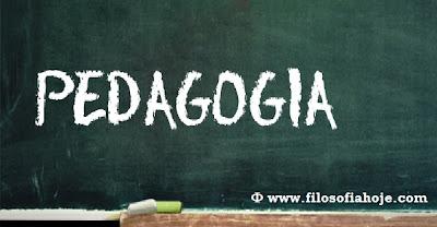 quadro negro escrito pedagogia