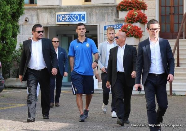 El defensor mexicano Rafael Marquez en la presentacion con el Hellas Verona de la Seriea A de Italia | Ximinia