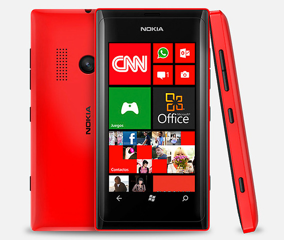 nokia disadvantage Nokia 8 has android 711 ( nougat ) , it offers an internal memory of 64/128 gb with 4&6 gb ram , it presents a screen of quad hd resolution , it comes with battery capacity of 3090 mah .