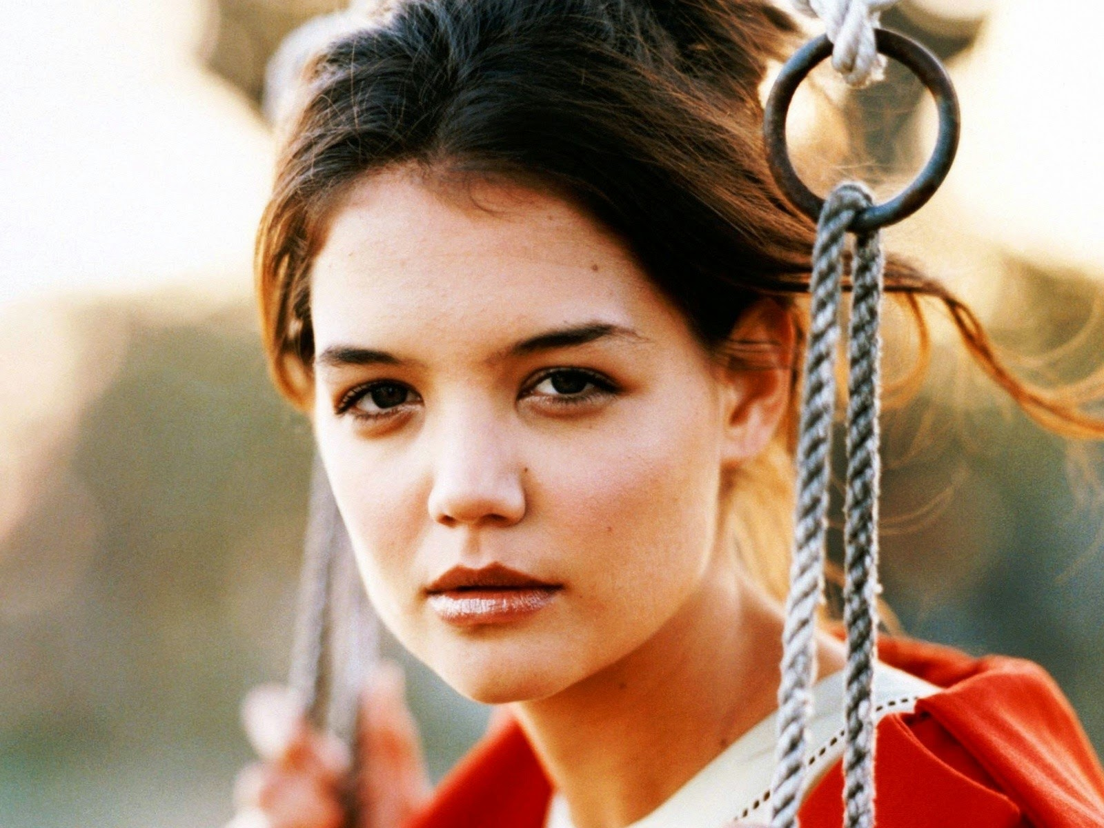 Katie Holmes American Hollywood Actress Simple HD Images