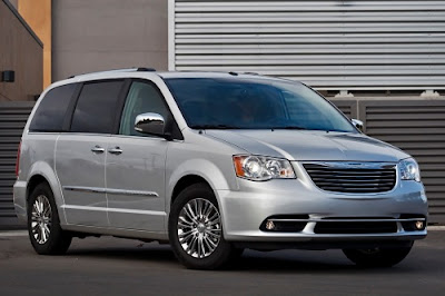 town and country 2013 review for 2013 the chrysler town country. Black Bedroom Furniture Sets. Home Design Ideas