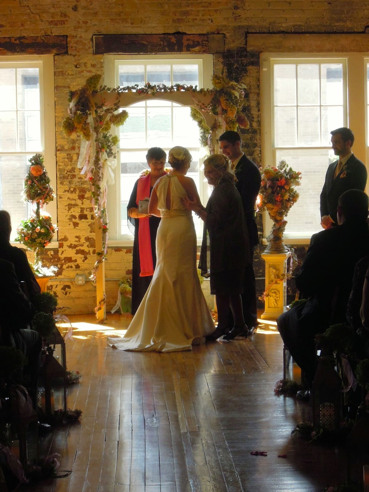 Raleigh Wedding Blog: Liz and Johnny\'s Wedding--Another Beautiful ...
