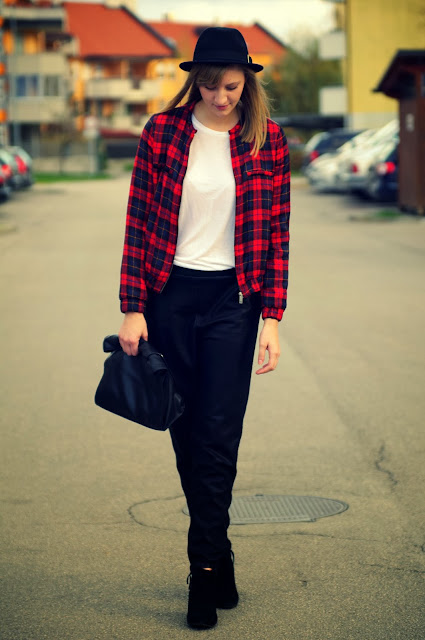 tartan bomber jacket, tartan zara, jacket zara, zara ljubljana, fedora hat wool H&m, leather sweatpants asos, sold out leather pants, suede ankle boots, plain and simple outfit, fall outfit, fashion blogger, fashion trend 2013, autumn fall winter 2013 trend, street style trends