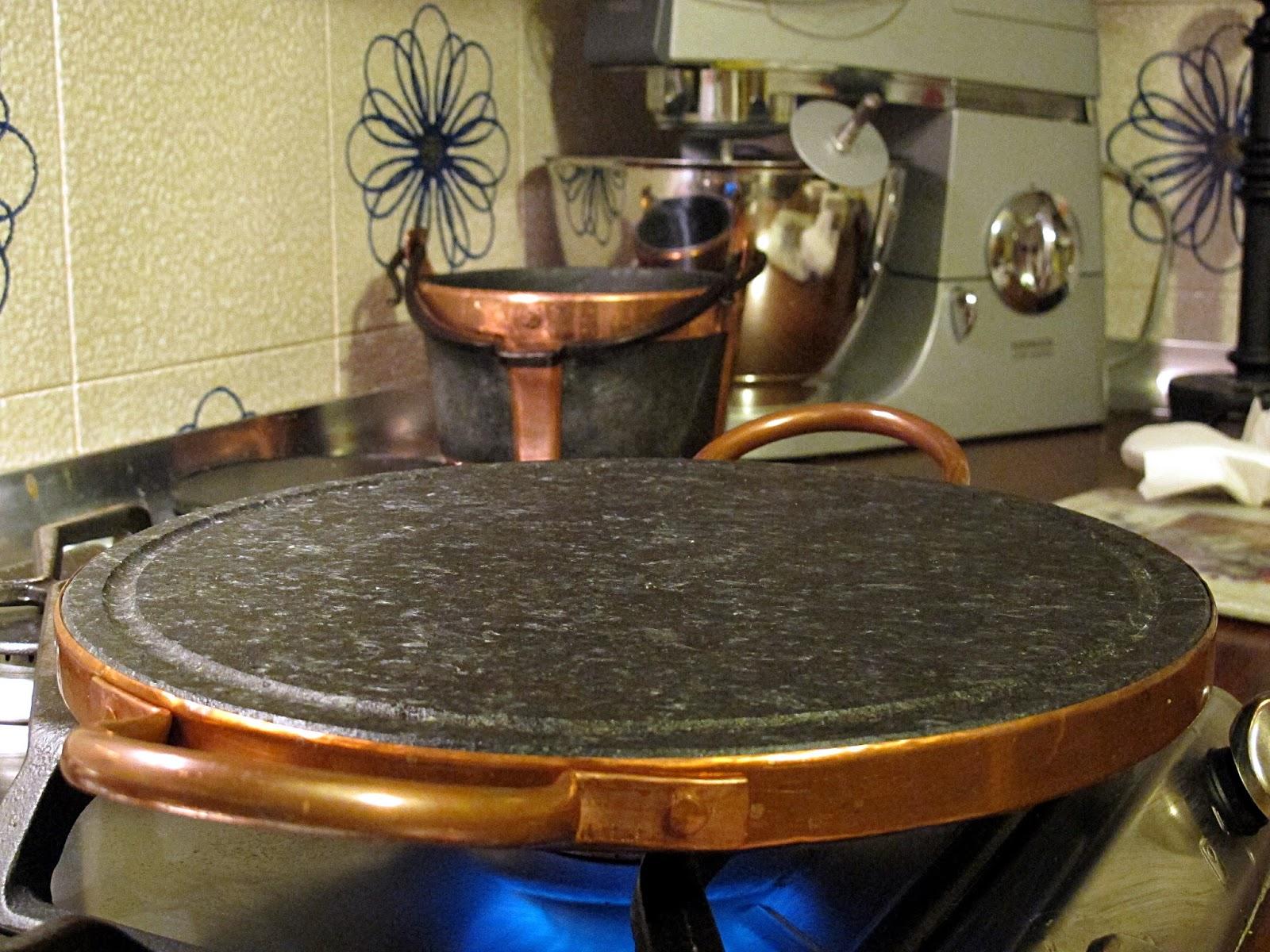 e molto importante scaldarla bene perch la cottura della tagliata va fatta a calore alto in modo che si formi una bella crosticina esterna e linterno