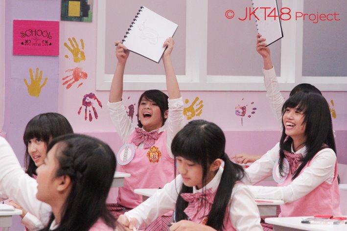 Foto-foto Galeri JKT48 episode 8