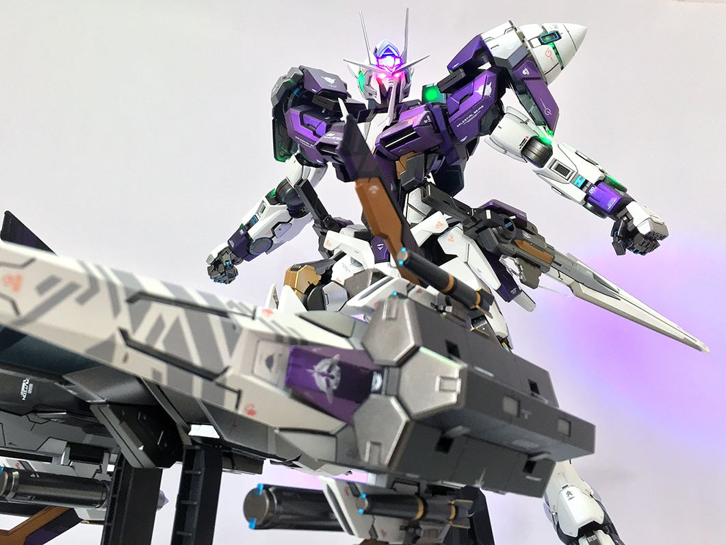 Pg 1/60 00 raiser gundam - customized build