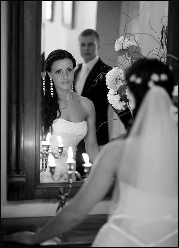klasikinė vestuvinė fotografija taujėnų dvaro rūmuose paneėžyje