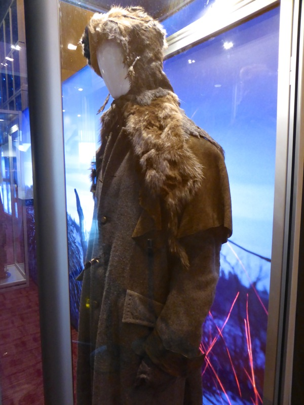 Leonardo DiCaprio Revenant Hugh Glass costume