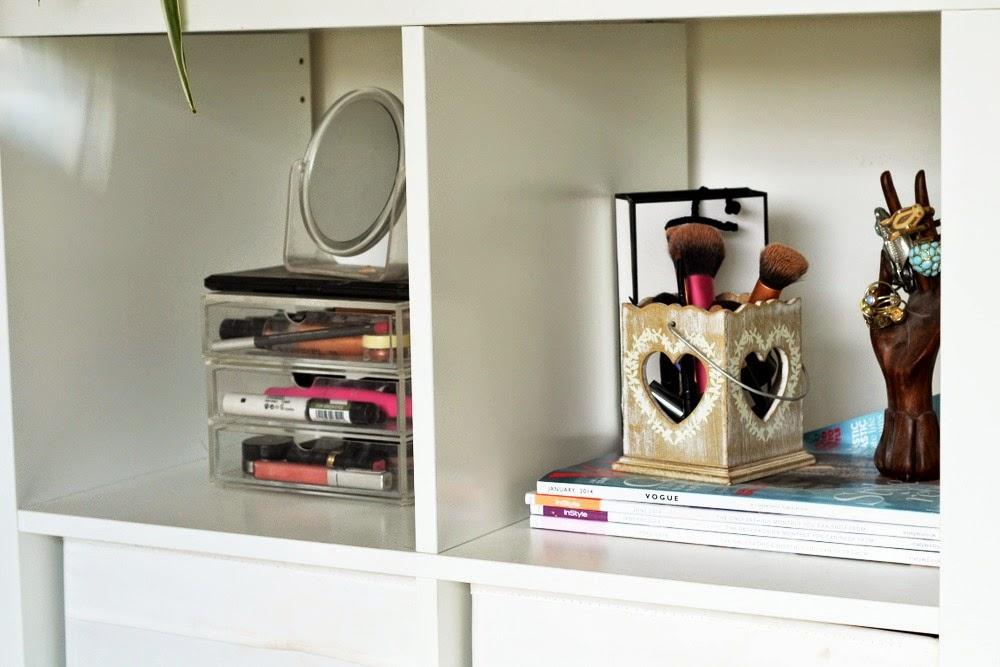 Beauty-Makeup-storage-room-ikea-alex-ekby-drawers-dressing-room