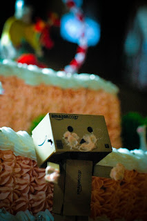 Wallpaper Boneka Danbo Lucu