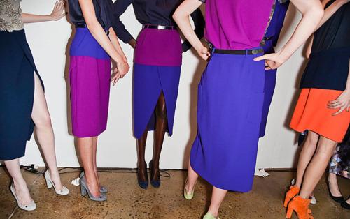 Todo lo que necesitas saber sobre los vestidos colour block.
