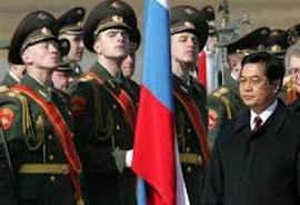 Rússia e China alertam após ameaça à Síria