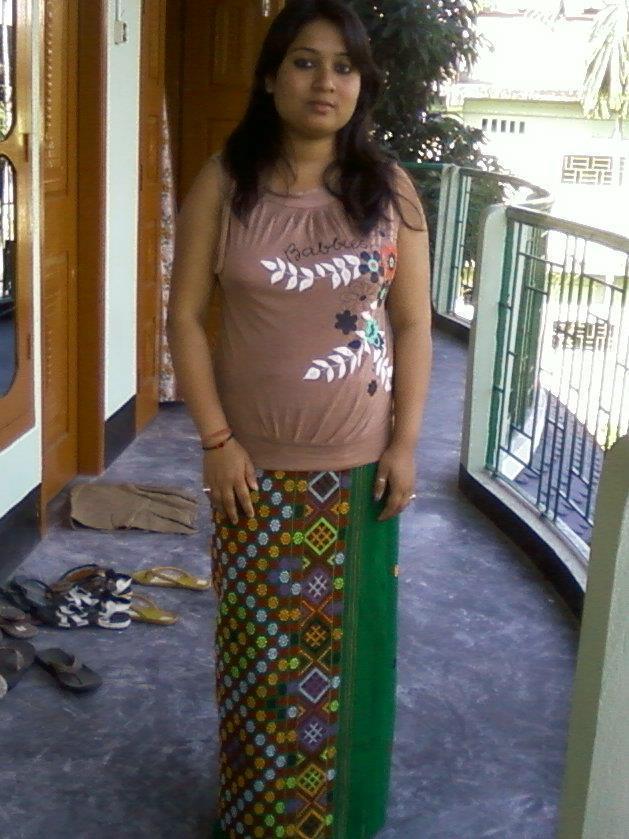 Assamese fat girl porn — photo 11