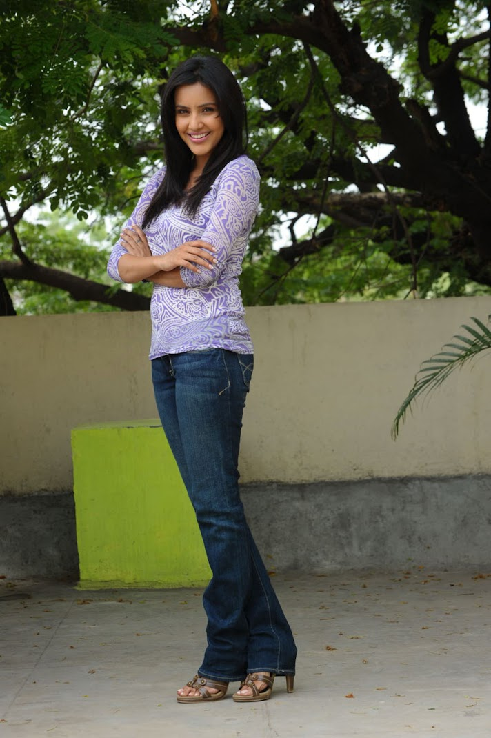 Priya Anand Photoshoot in Jeans TOP