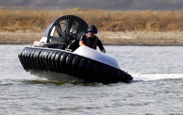 Alat Transportasi Hovercraft 02