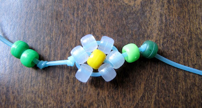 crafty jewelry: flower bracelet tutorial