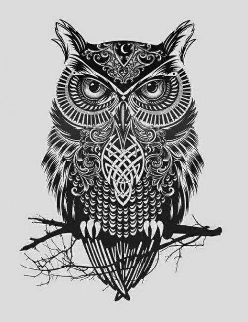 Si estás pensando en un tatuaje de búho, mira a través de los libros de la  naturaleza y las imágenes para perfeccionar la idea del estilo del tatuaje,