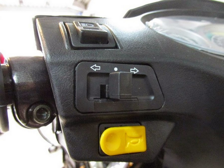 Panel de Luces Moto Electrica Yustavo