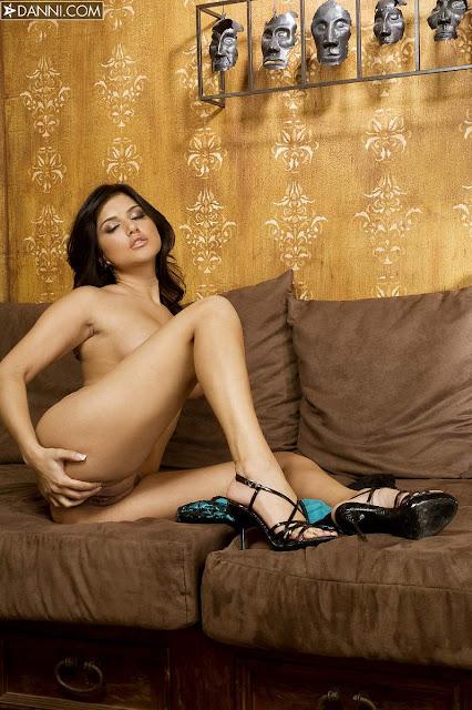 big boobed naked asian girls