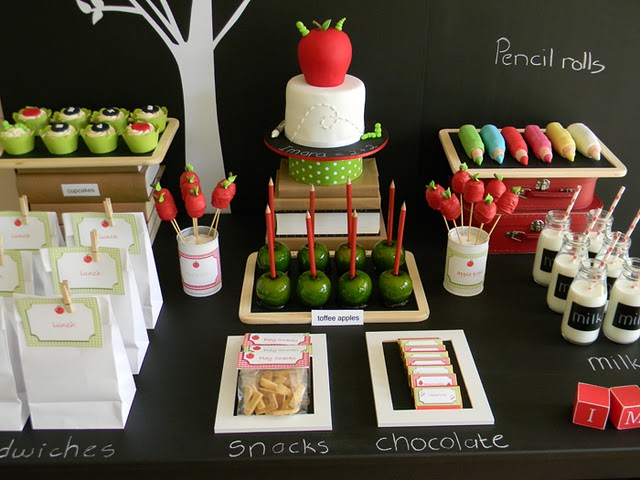 Little sooti back to school theme party for Back to school party decoration ideas