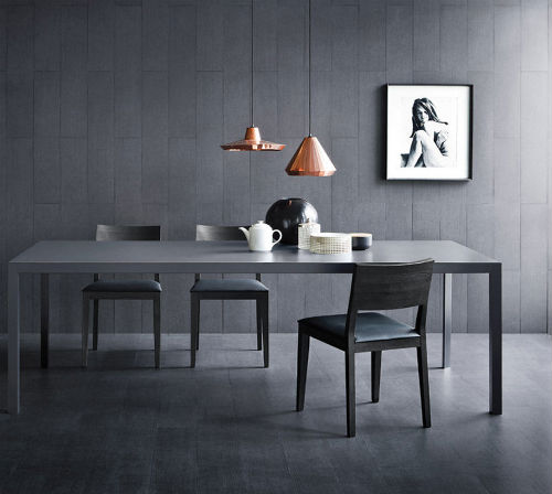 schwarze wandfarbe finest wandfarbe schwarzes bett. Black Bedroom Furniture Sets. Home Design Ideas