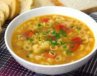 Sopa de Tomate com Feijão (vegana)