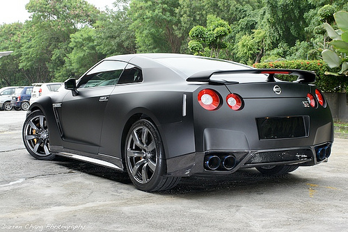 nissan skyline gtr r35. Black Bedroom Furniture Sets. Home Design Ideas