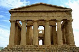 Tempio struttura e luogo di culto destinato alle divinità sacre