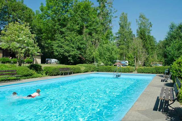 Campingplatz Eulenburg Schwimmbad mit Kindern