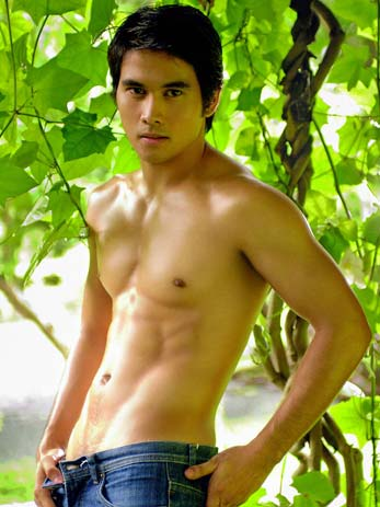joem+bascon+shirtless+sexy+man+male+guy+hunk+pinoy+filipino+actor