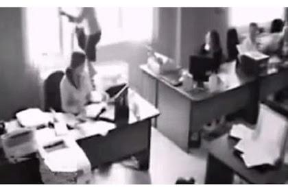 Usai Dimarahi Bos, Wanita Ini Lompat dari Jendela