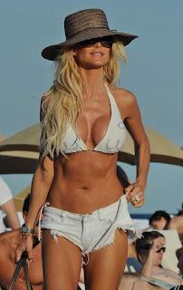 Victoria Silvstedt Bikini, Victoria Silvstedt Miami Beach