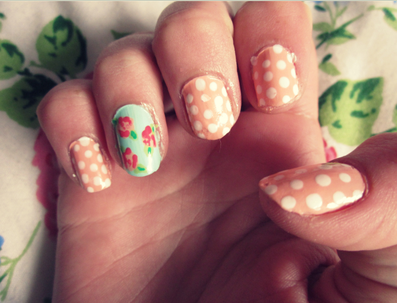 The Cool Easy flower nail art Photograph