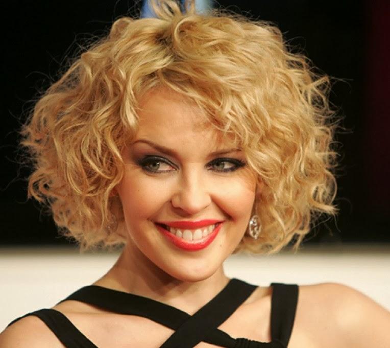 -cantik bukan model rambut bob layer untuk rambut keriting, jika