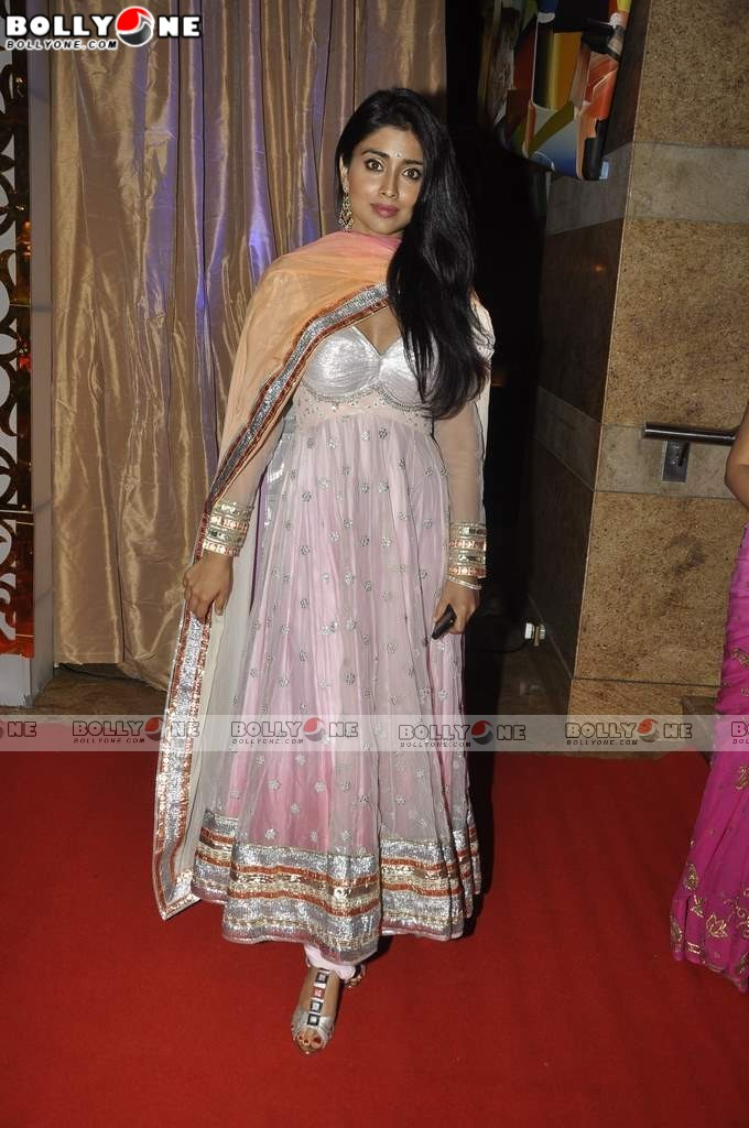 Hot Shriya Saran at Ganesh Hegde's wedding reception