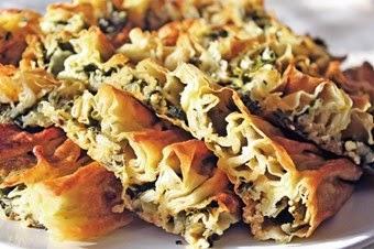 Lor Peynirli Ispanaklı Börek Tarifi