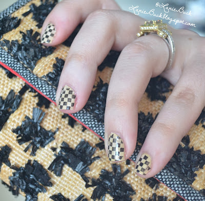 http://laniebuck.blogspot.com/2013/07/inspired-by-nails-with-tutorial-woven.html