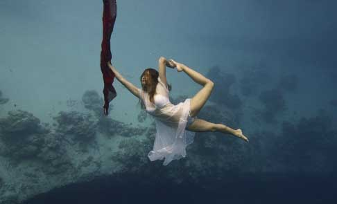 Most Beautiful And Sexiest Women Yoga Coaches And Poses Brittany Trubridge