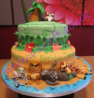 Madagascar children party ideas, cakes