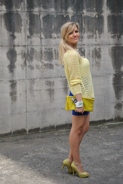 outfit giallo outfit blu outfit giallo e blu come abbinare il giallo abbinamenti giallo come abbinare il blu abbinamenti blu mariafelicia magno fashion blogger colorblock by felym mariafelicia magno fashion blogger outfit primaverili outfit maggio 2015 outfit gonna blu come abbinare la gonna blu abbinamenti gonna blu blue outfit yellow outfit yellow swaeter blue skirt spring outfit fashion bloggers italy maglione giallo outfit gonna blu blog di moda blogger italiane di moda milano guess majique massimiliano incas