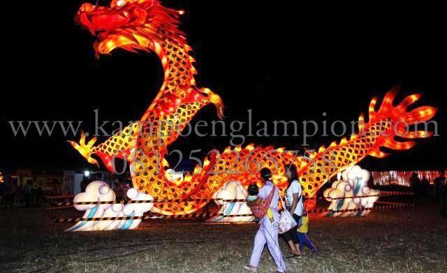Lampion Naga