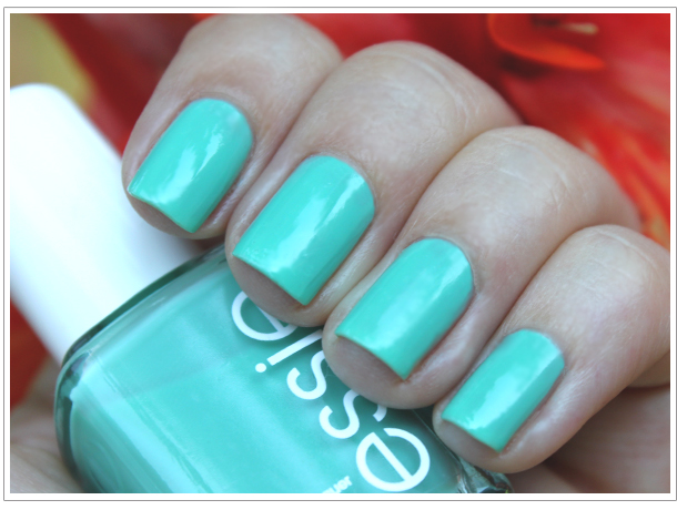 Katey's Outlook: Essie's Turquoise and Caicos
