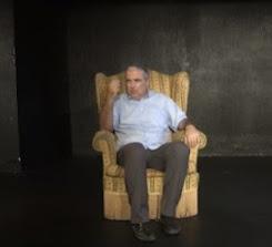 Ν. Λυγερός: Η Φωτεινή και ο Δράκος & Πέντε κινήσεις για μια σιωπή (Βίντεο)