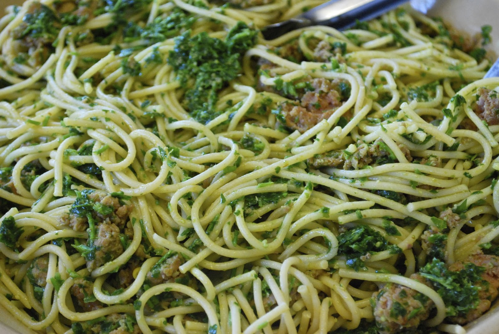 """""""Point-less"""" Meals: Spaghetti with Parsley Pesto and Spicy ..."""